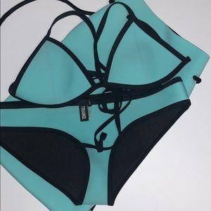 Triangl bikini top &bottom